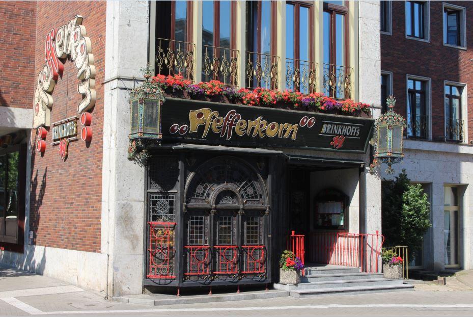 Restaurant's entrance