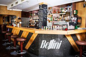 Die Besten Gay Bars für ein Treffen in Hamburg